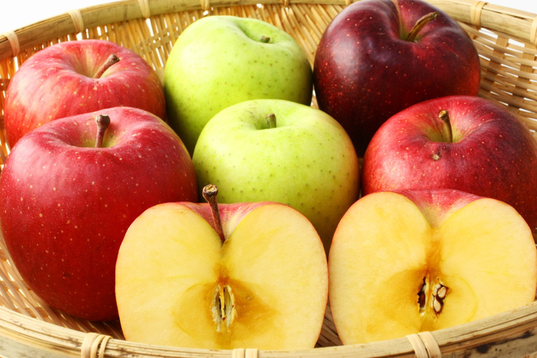 おいしさにこだわった甘い津軽のりんご
