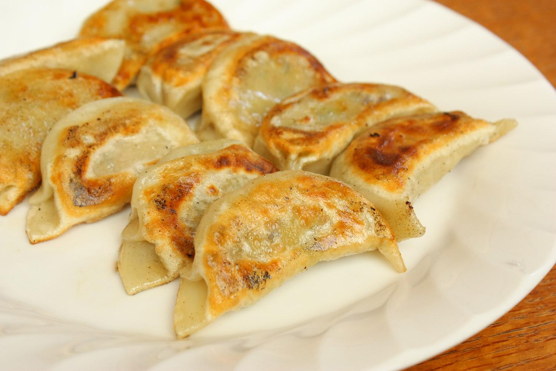 中国料理店「つるのたまご」の餃子