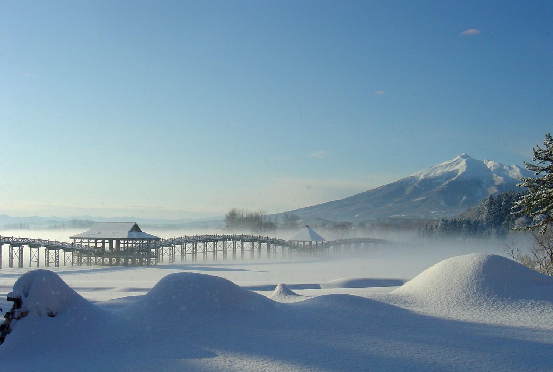 冬の間の「鶴の舞橋」に関して