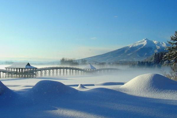津軽富士見湖の冬