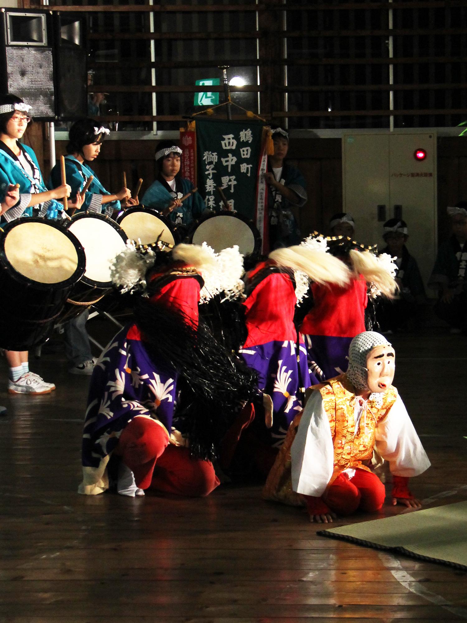 披露宴やお祝いの席、イベントなどで披露されている獅子舞。